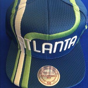 Vintage Atlanta Hawks Mitchell & Ness SnapBack Hat